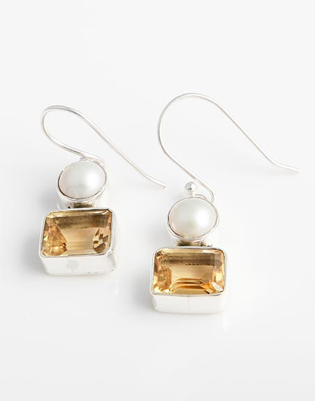 drop-earrings-with-white-freshwater-pearls-citrine-in-sterling-silver-be39a