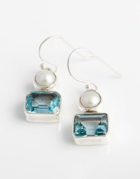 drop-earrings-with-white-freshwater-pearls-blue topaz-in-sterling-silver-be39g