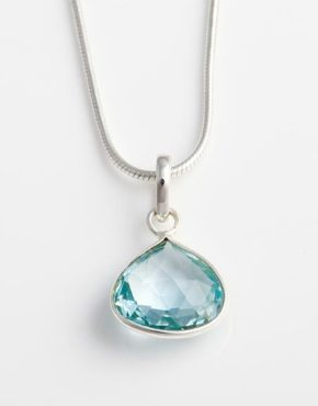 teardrop-blue-topaz-pendant-in-sterling-silver-bp55c